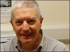 Dr Tom Burton