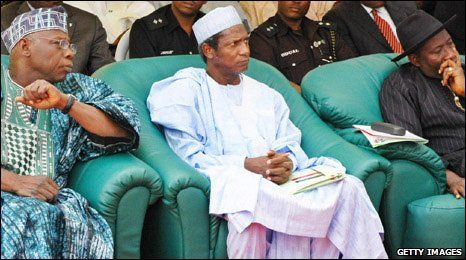 Olusegun Obasanjo (l) Umaru Yar'Adua (c) Goodluck Jonathan (r) during the campaign (Picture from 11 Jan 2007)