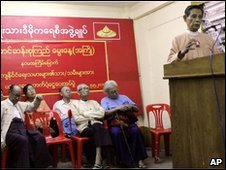 NLD deputy leader Tin Oo gives a speech at NLD headquarters on 5 May 2010