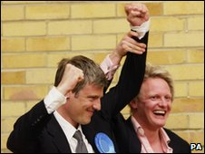 Conservative Zac Goldsmith celebrates his win