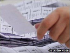 Counting ballot papers in UK general election