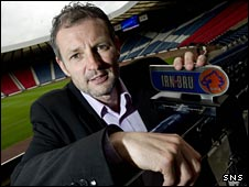 Kenny Black with his Irn Bru award