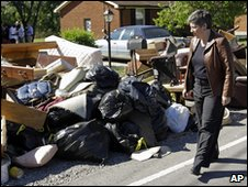 Janet Napolitano see flood damage in Nashville