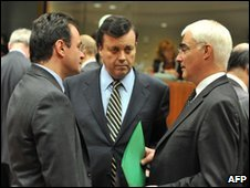 Greek Finance Minister George Papaconstantinou (L), Irish Finance Minister Brian Lenihan (C) and British Chancellor Alistair Darling