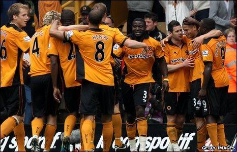 Wolves celebrate Adlene Guedioura's goal