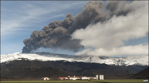 Farms in the foreground as Icelandic volcano continues to spew ash