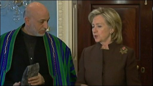 Afghan President Hamid Karzai with US Secretary of State Hillary Clinton