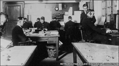 The Metropolitan Police Information Room during the 1930s.