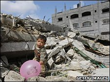 A boy plays in the rubble of his home in Gaza (Picture from 10 April 2009)