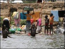 Children washing in Nile in Sudan