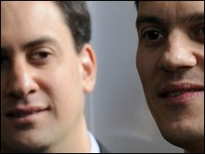 Photo of Miliband brothers at the unveiling of an election poster-van design at Basildon