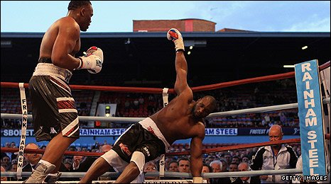 Chisora floors Williams