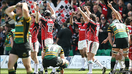Saracens celebrate their victory at Saints