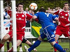 Gareth Wardlaw nods in his first goal