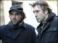 Alejandro Gonzalez Inarritu (left) and stars Javier Bardem on the set of Biutiful