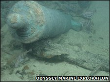 Cannon in HMS Victory shipwreck