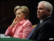 Hillary Clinton attends the Senate with Secretary of Defense Robert Gates, 18 May