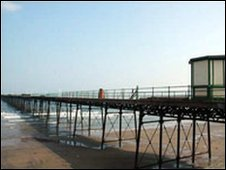 Queen's Pier (photo courtesy of manxviews.com)