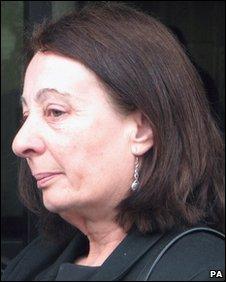 Lynda May