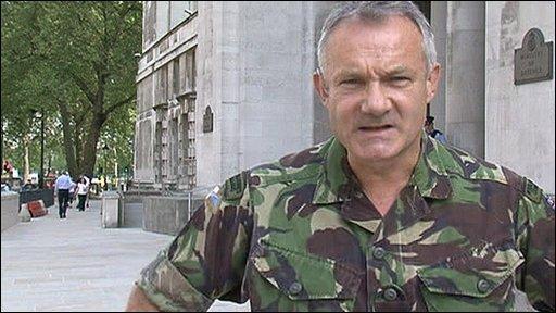 Maj Gen Gordon Messenger
