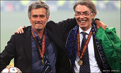 Jose Mourinho (left) and Inter president Massimo Moratti