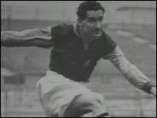 Ivor Powell as a footballer