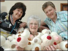 Louise Stickland, Shirley Dibbs & Julie Scrancher with the knitted breasts