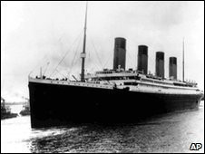 Titanic sails from Southampton, 1912