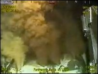 Fluid escapes from the Gulf of Mexico oil well, 27 May (BP video)