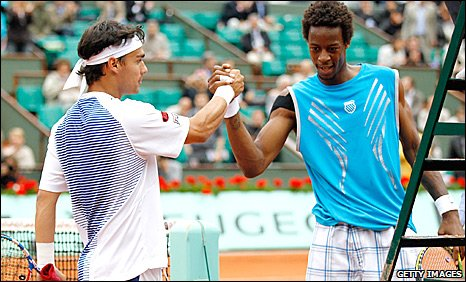 Gael Monfils and Fabio Fognini shake hands