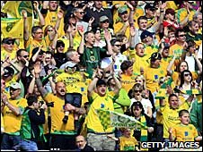 Norwich fans celebrate promotion from League One