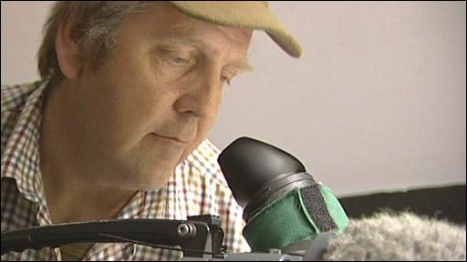 Wildlife cameraman Dr Manuel Hinge