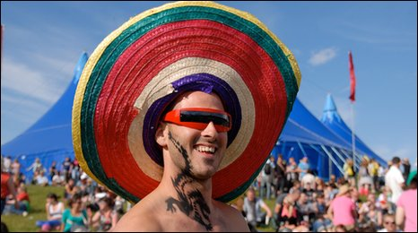 Man in sombrero at RockNess