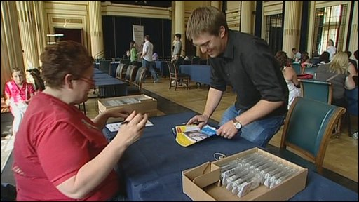 A man signs the bone marrow register at the Council House