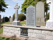JM Barrie's grave in Kirriemuir