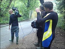 Chris Packham in a wetsuit for Springwatch 2010