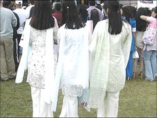 Three girls at the Mela