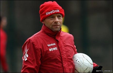 Thomas Hassler coaches Cologne