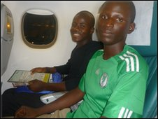 School repoters on a plane
