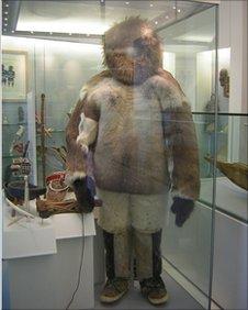 fur suit, Inuit