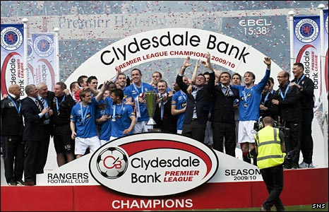 Rangers celebrate their Scottish title win