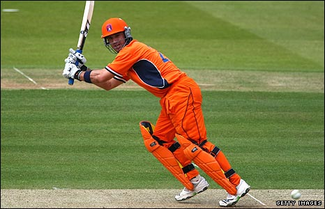 Dutch all-rounder Ryan ten Doeschate