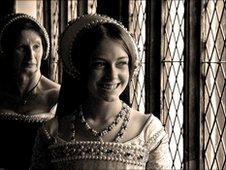 Bryony Roberts as Queen Catherine Howard photograph John Bennett