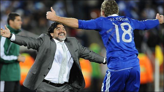 Diego Maradona and Palermo celebrate