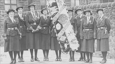 Rachel Kay-Shuttleworth and her guiding staff in 1938 with the North East Lancashire Standard