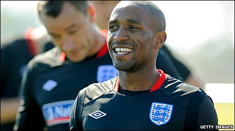 Jermain Defoe will start for England in place of Emile Heskey