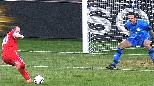 Wayne Rooney shoots