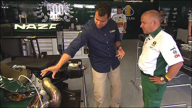 Ted Kravitz & Mike Gascoyne look at a blown-diffuser