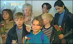 Children at Glasgow Airport