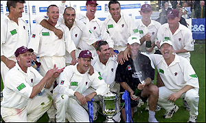Somerset celebrate after beating Leicestershire